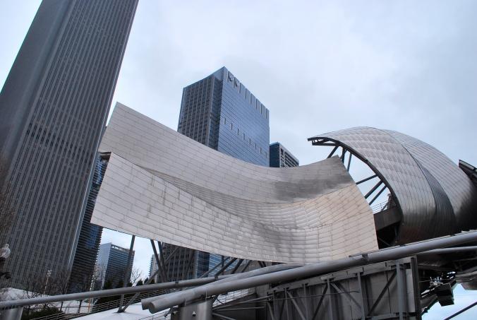 Le splendide Jay Pritzker Pavilion de l'architecte Frank Gehry, Chicago